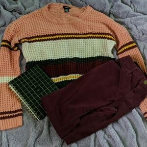 Multi-colored cropped sweater • Rue21